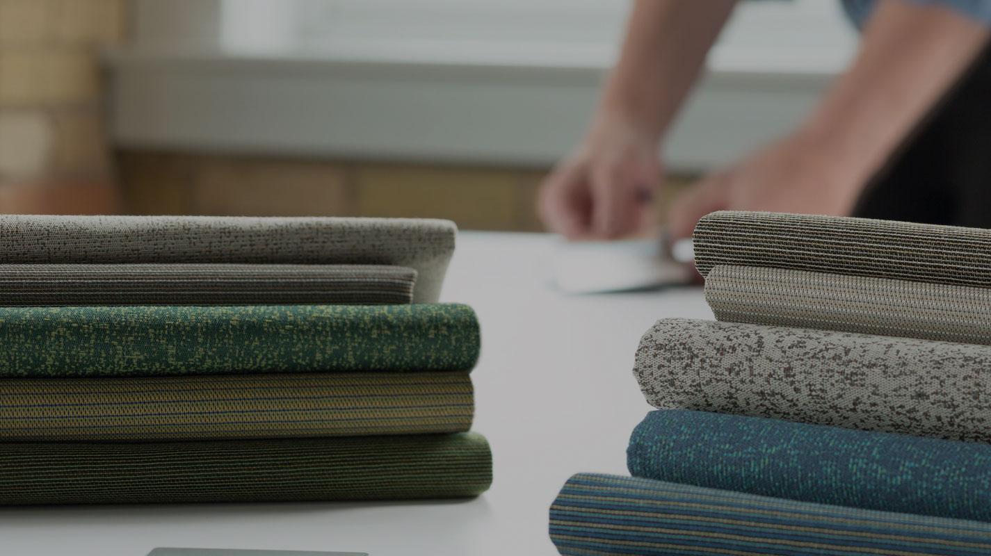Möbel aus Recyclingmaterialien: Gibt's die auch fürs Büro?